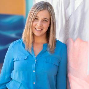 Lauren de Vries van Leeuwen - Kin Lawyers